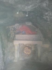 Die Grotte, in der Johannes der Täufer vor seinem Auftreten gelebt haben soll.